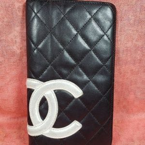 Authentic Chanel CC Logo Trifold Wallet